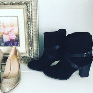 Shoes - ONE DAY SALE // Black Ankle Booties