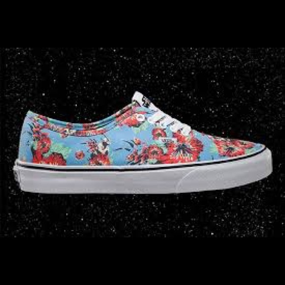 9eed37b5183 Vans Shoes - Vans Yoda Aloha Star Wars Men s 5.5 Women s 7