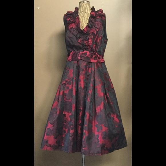 2bfe02e8626d2 Jessica Howard Dresses & Skirts - Jessica Howard Red Black Floral Print  Formal Midi