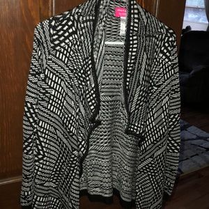 Tops - Black and white knit cardigan.