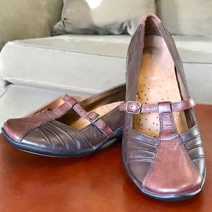 Hush Puppies Leather Mary Janes