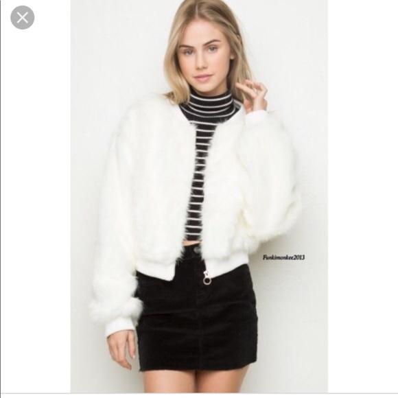 8299b4591 Brandy Melville Faux Fur Bomber Jacket