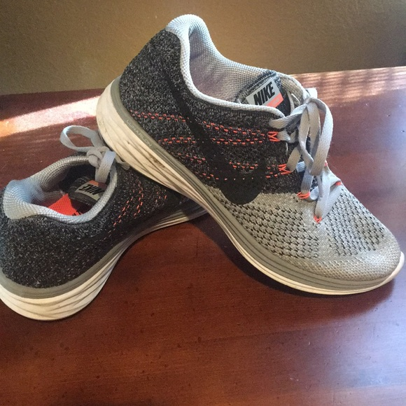 brand new e0a1a 02cd0 Nike Flyknit Lunar 3 running shoes. M 5a1c9720f0137df0b30dbdbf