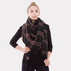 Accessories - NEW • Plaid check square blanket scarf