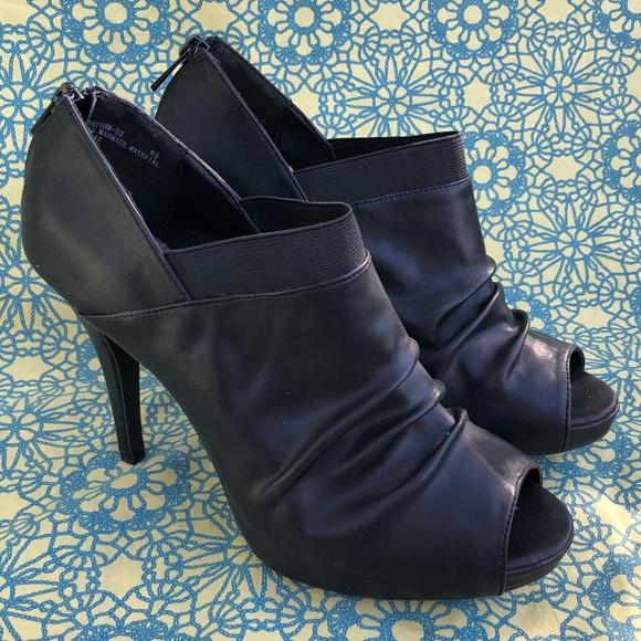 28b00186d63 BAMBOO Shoes - NWOT  Black Peep Toe Heels