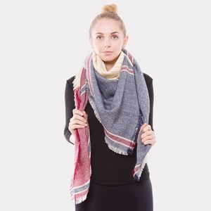 Accessories - NEW • Herringbone blanket scarf