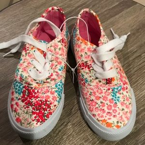 Girls floral canvas sneakers