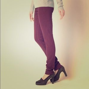 Uniqlo Burgundy Jeggings