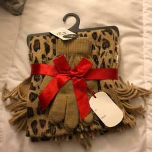 Leopard Print Scarf and Glove set