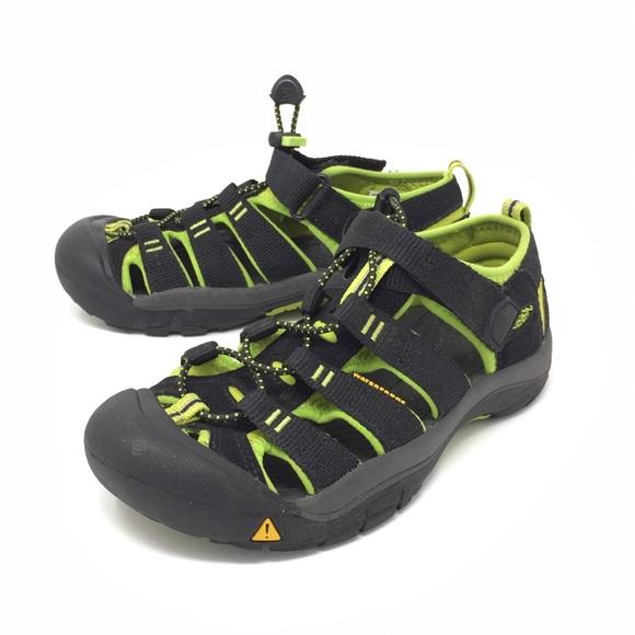 b71b18df9bbe Keen Other - Keen Newport H2 Sandals Kids Youth Sz 2 blk grn
