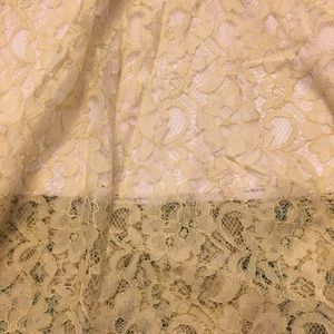 Large NWT cream & white LulaRoe Lola lace skirt
