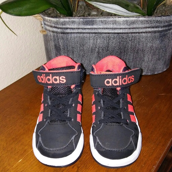 Le Adidas E Alte Dimensioni 7 Poshmark Sui Ragazzi