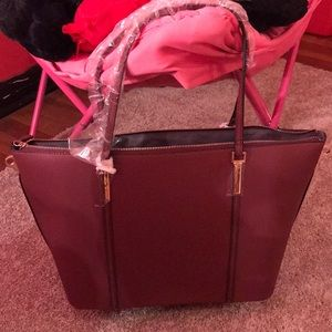 Just Fab purse 👜