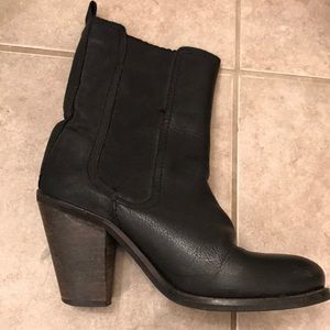 💖 H&M Luxuriously Soft Black Leather Boots 💖