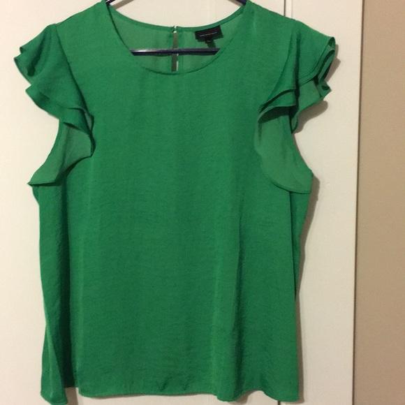 444ac94a5014b9 Who What Wear Tops   Green Flutter Sleeve Top   Poshmark