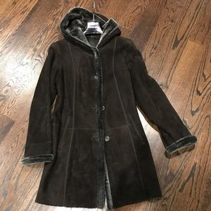 Jackets & Blazers - Dark brown suede shearling coat XS