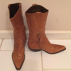 BCBG girls tan leather cowboy boots!