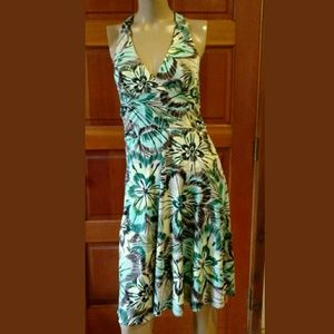 H&M size 6. Floral halter dress. Sooo sharp!