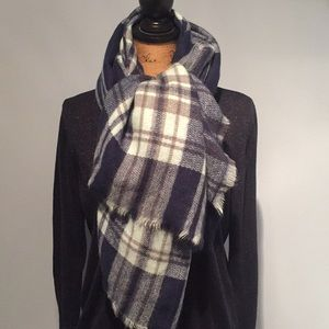 Accessories - Plaid scarf