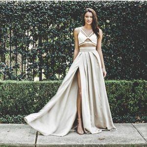 Gorgeous Satin Maxi Skirt With Slit