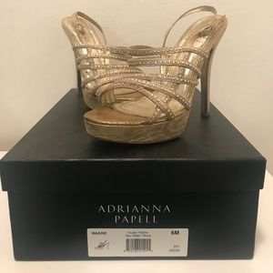 Adrianna Papell Maxine Sandals Gold Size 6