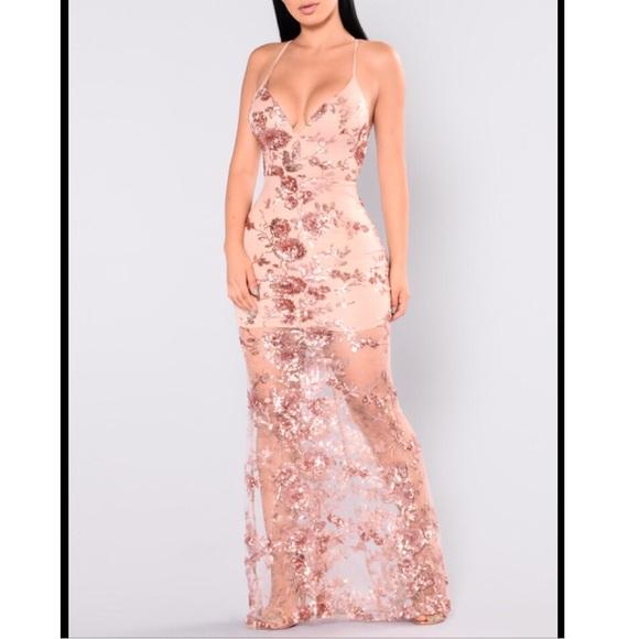 0959df2ee3b Fashion nova rose gold sequin maxi dress XS