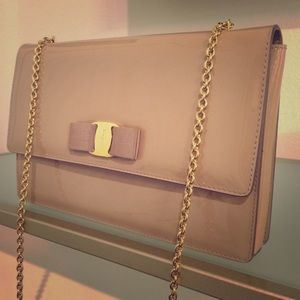 Ferragamo Ginny Patent Leather Bag Nude Pale Pink