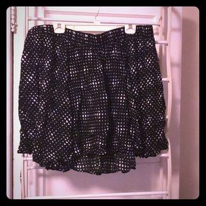 Flirty Circle Skirt with Cool 🖤 Pattern