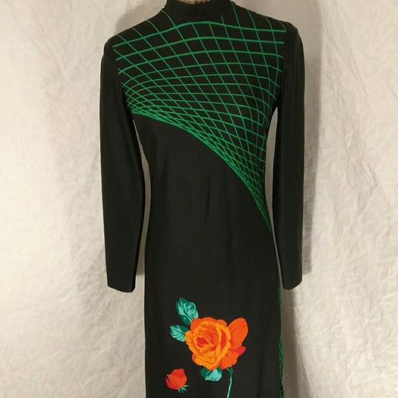 a34b3aa2d0f49 Vintage Tori Richards floor length dress. M_5a1d1e7d4127d0354b1034b6
