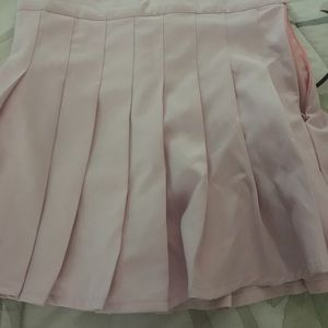 Dresses & Skirts - Pink tennis skirt