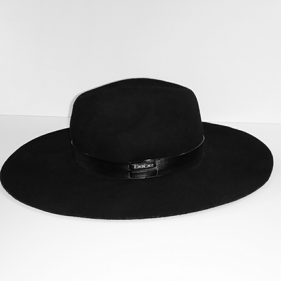 bebe Accessories - NWT 100% Wool Floppy Hat w Leather Trim 94a2078315d