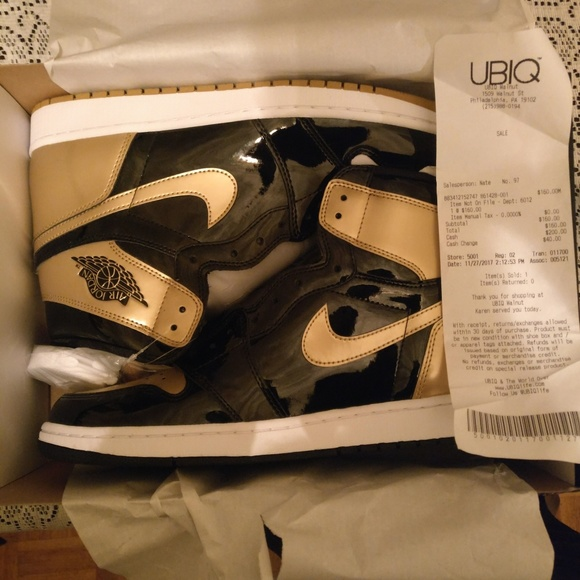 get cheap a4b99 d1ad5 Air Jordan 1 Retro High OG NRG 'Gold Top 3' Boutique