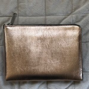 Ivanka Trump Bags - 1 HR SALE Ivanka Trump Rio Tech Wristlet