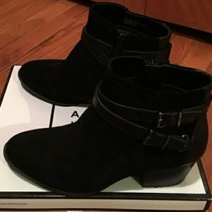 Alex Marie black  booties