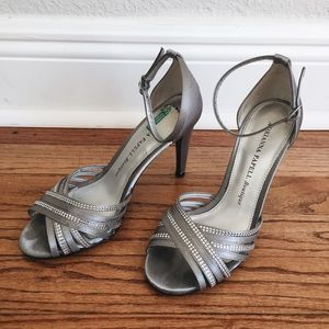 [Adrianna Papell] Silver Heels