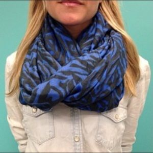 Stella & Dot Luxembourg Scarf - Cerulean Tiger
