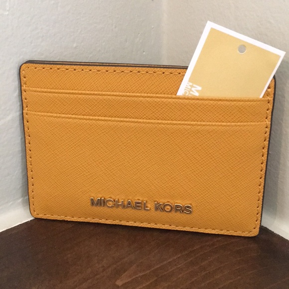 1c6bbdbbf4ee Michael Kors money pieces Marigold card holder NWT