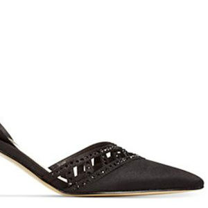 ADRIANNA PAPELL Haven Low Heel Black Haven Pointed