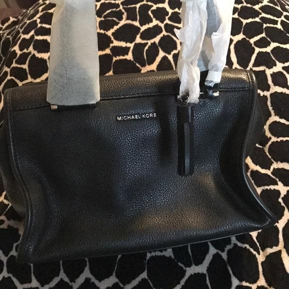 bbdeb0be843bba Michael Kors Bags | Brand New With Tags Bag | Poshmark