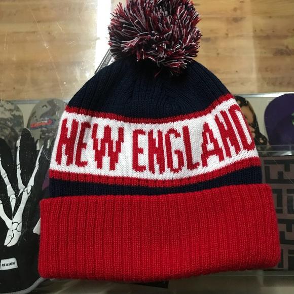 b94af80b6c9 New England Patriots Skull cap w  ball. M 5a1dc6252de5126ceb124fda