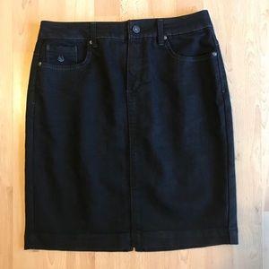 Dark-Wash Denim Pencil Skirt