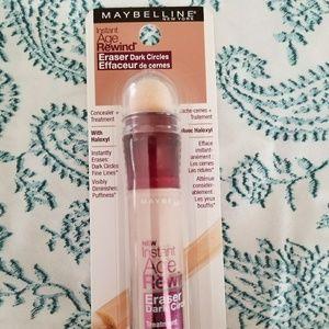 Maybelline concealer