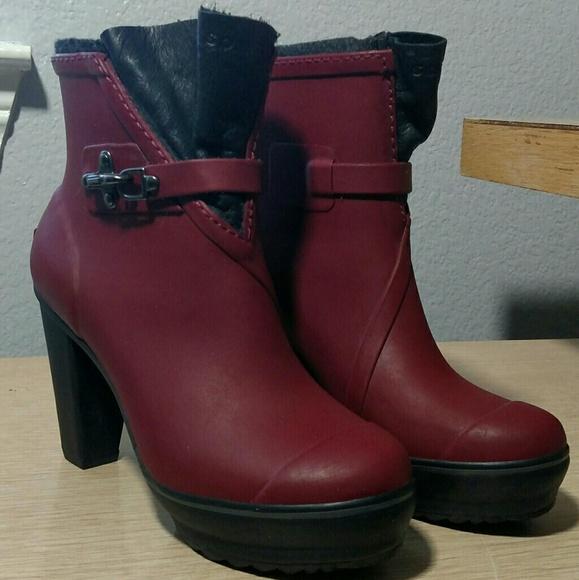41bb6f1e401 Sorel Medina Rain Heel platform boots 6.5 Cabernet.  M 5a1dce4fd14d7bb994127a43