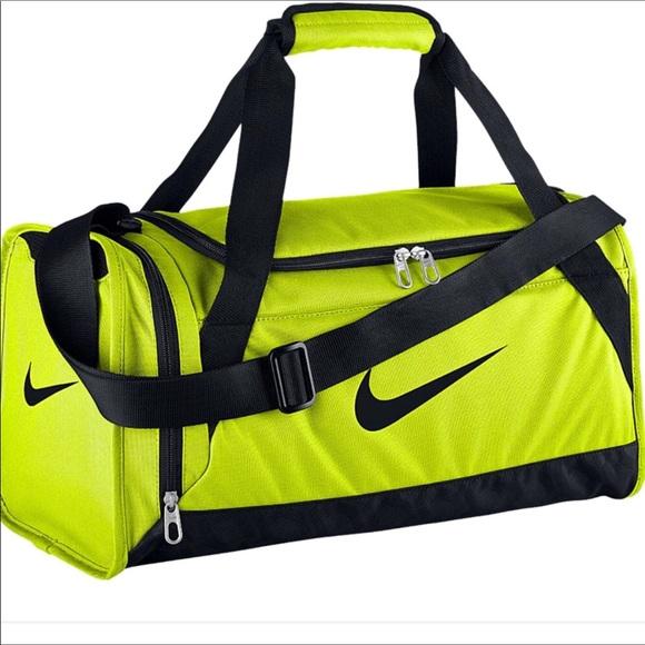 9adff7e85a80 Nike Duffle Bag in Neon Yellow. M 5a1dd28a2ba50ab81712b46d