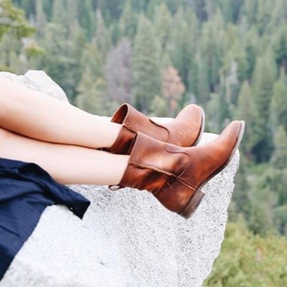 105f5061e60 Frye Cara Short Leather Boot in Cognac