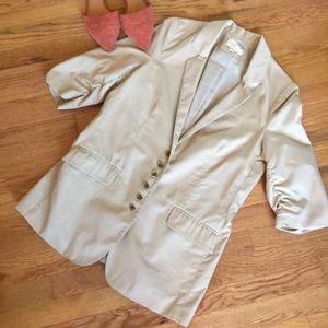 Elizabeth and James tan blazer jacket