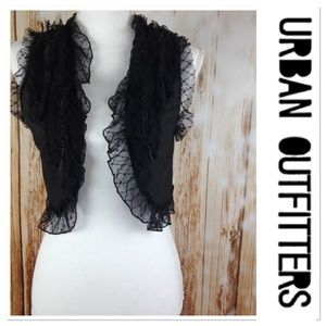 URBAN OUTFITTERS SHRUG LACE DETAILED VEST BLACK