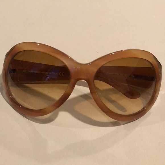 add14444a5 Tom Ford Oversized Sunglasses