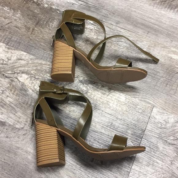 35fe0ec2111 Mia sandals shoes nwt army green