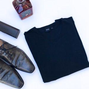 Hugo Boss Black V-Neck T-Shirt Logo Embossed L